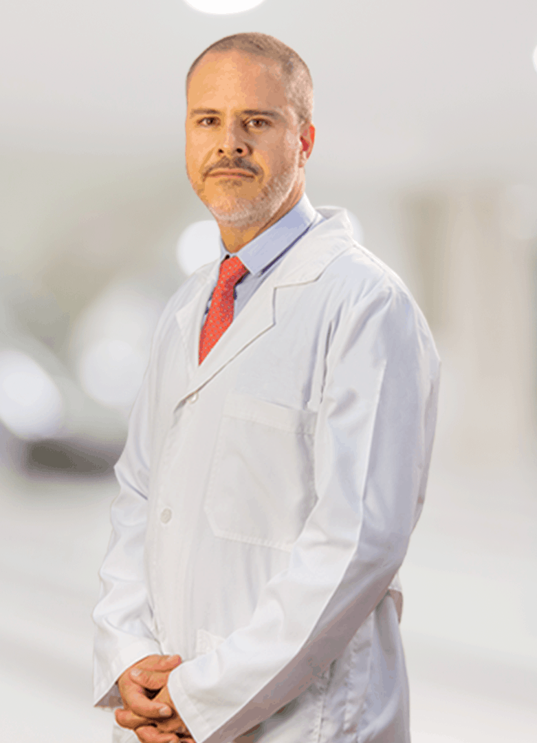 Dr.Salvador Medina cirujano plastico